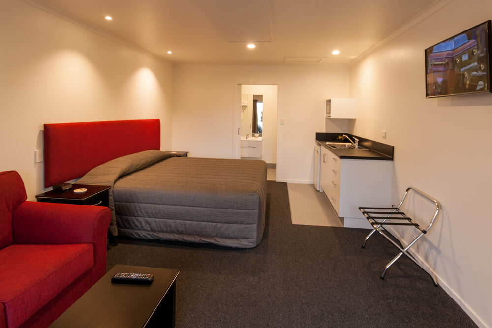 Bedroom In Studio King Unit At Cork And Keg Motel In Renwick Marlborough NZ